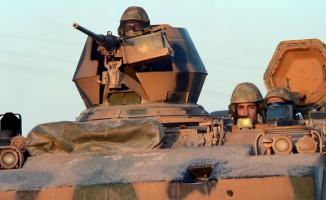 Türkiye Afrin'de terör örgütü YPG'yi vurdu!