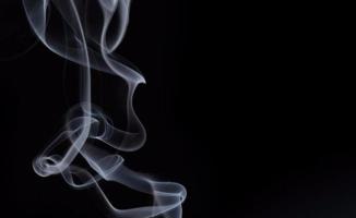 Kanser olunca sigaraya başlatan arkadaşını öldürdü!