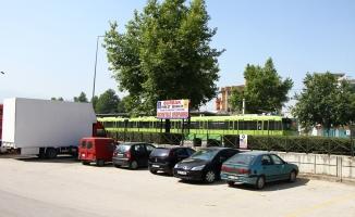 """Bursa'da """"Ücretsiz park et, yoluna devam et"""" uygulaması"""