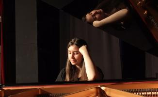 Bursalı müzisyene pasaport engeli