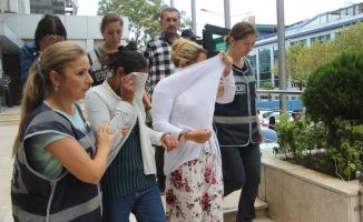 Kadın hırsızlar Bursa'da yakayı ele verdi