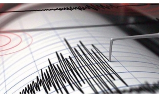 6.1'lik depremle sallandı