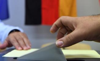 Her dört Almandan biri yeni seçim istiyor