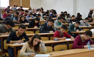 Yeni üniversiteye giriş sınavının ayrıntıları belli oldu! YÖK duyurdu...