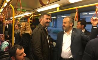 Başkan Aktaş mesaiye metroda başladı