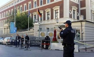 Almanya ve Fransa Başkonsolosluklarında şüpheli paket alarmı