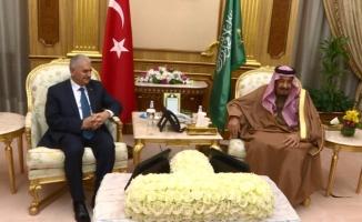 Başbakan Yıldırım Kral Selman'la görüştü!