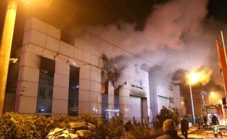 Bursa'da fabrika alevlere teslim oldu!