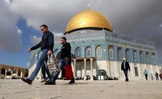 İran Meclisi Kudüs'ü sürekli başkent ilan etti!