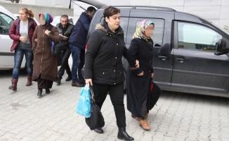 25 öğretmen FETÖ'den gözaltına alındı