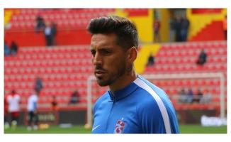 Trabzonspor yıldız oyunucunun bonservisini aldı