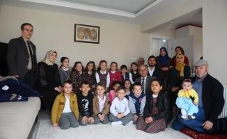 Bursa'da şehit ailesine duygulandıran ziyaret
