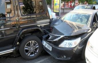 Sibel Can ve oğlu kazaya karıştı! Ne olduğunu anlayamadılar...