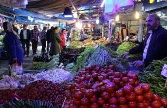 Bursa'da pazarcılardan Bakan Albayrak'a destek