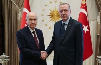 Erdoğan, Bahçeli ile bir araya geldi! 'İttifak konusunu baş başa görüşeceğiz'