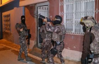 Polisten şok baskın! 29 Ekim'i kana bulayacaklardı!