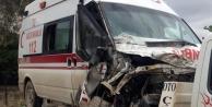 Ambulans ile kamyonet çarpıştı!
