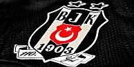 Beşiktaş'tan ayrıldı, futbolu bıraktı