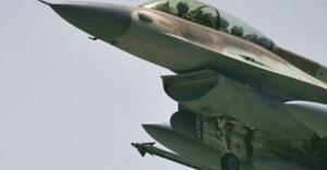 İsrail Gazze' yi bomba yağmuruna tuttu
