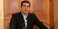 Yunanistan'a kredi notu darbesi