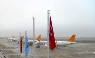 Uçaklar Bursa#039;ya zorunlu iniş yaptı!