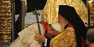Bartholomeos, Papa'yı kutsadı