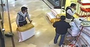 Pişkin hırsız esnaftan yardım istedi