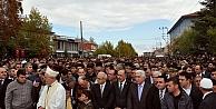 Şehit cenazesinde protokol krizi!