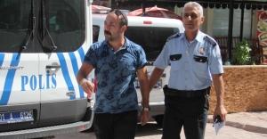 Suriyeli hırsızı yalınayak kovaladı