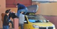 Taksi tavanında cenaze