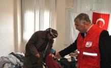 Türk Kızılayı Silopi'deki Ezidilere Yardım Dağıttı