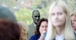 Atatürk şıklığı Bursa'da sergileniyor!