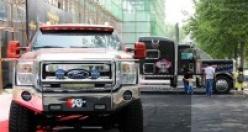 Lüks otomobil fuarına büyük ilgi