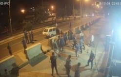 Polis merkezi önünde çatışma anı saniye saniye görüntülendi