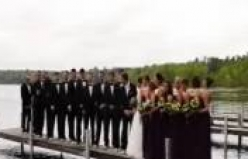 Düğün fotoğrafı çektirirken iskele çöktü
