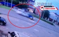 Korkunç kaza! Araç ikiye bölündü, ölü ve yaralılar var