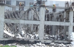 Bursa'daki göçük korkuttu! 3 kişi yaralandı...