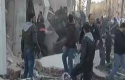 İstanbul'da bina çöktü!