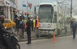 İstanbul'da tramvay raydan çıktı!