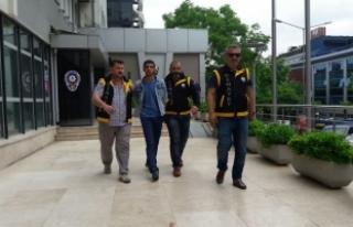 Bursa'da kick bocks hocasını vurdu, terminalde...