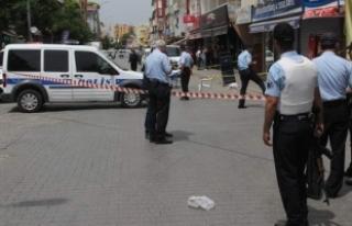 Sokak ortasında silahlı çatışma: 1 ölü, 3 yaralı
