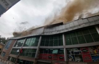 Beyoğlu'nda restoranda yangın
