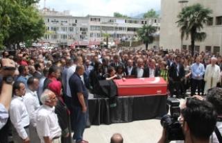 Bursa'da öldürülen avukat son yolculuğuna...