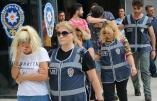 Bursa'daki 'fuhuş transferi' operasyonunda...