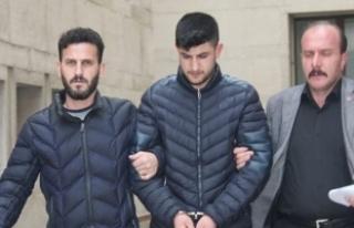 Bursa'da eşini 12 bıçak darbesiyle öldürdü!