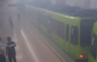 Bursa metrosunda panik dolu anlar! Yolcular tahliye...
