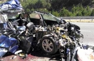 Katliam gibi kaza! 5 kişi hayatını kaybetti