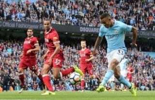 Manchester City Liverpool'a gol oldu yağdı