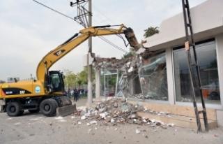 Bursa kaçak yapılardan temizleniyor