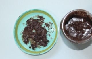Çikolata kavanozundan çıkanlar şoke etti!